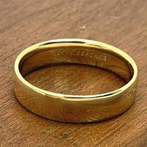 Wedding Band Keepsake 10k Gold Ring Unisex Size 11